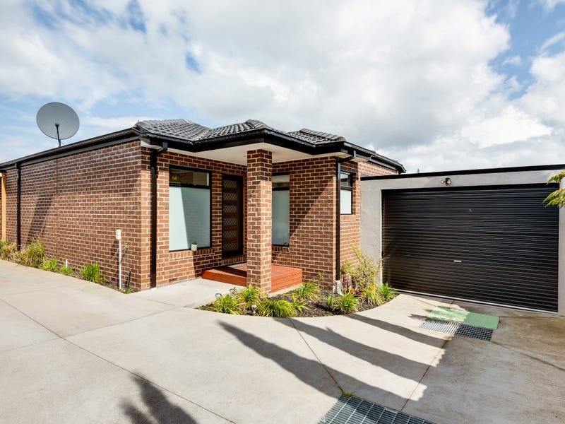 2/31 Isaac Smith Crescent, Endeavour Hills, Vic 3802