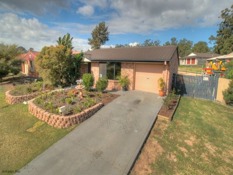 18 Lyrebird Lane, Bellbird Park, Qld 4300