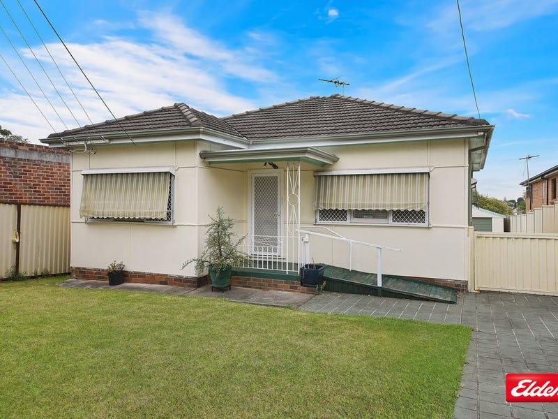 2 GREENACRE ROAD, Greenacre, NSW 2190