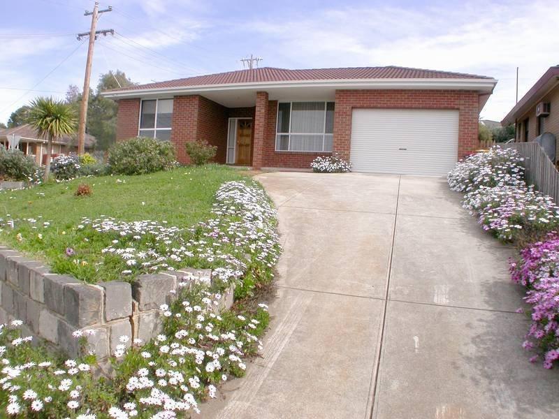 17 Madden Drive, Bacchus Marsh, Vic 3340