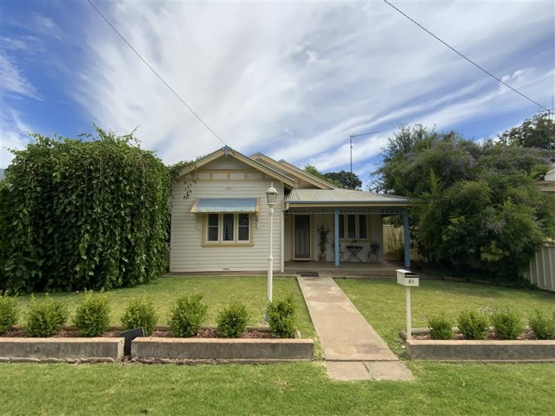 41 FARRAND  Street, Forbes, NSW 2871