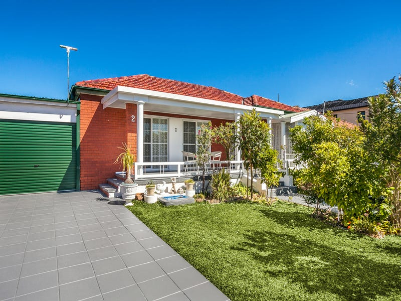 2 Lynwen Crescent, Banksia, NSW 2216