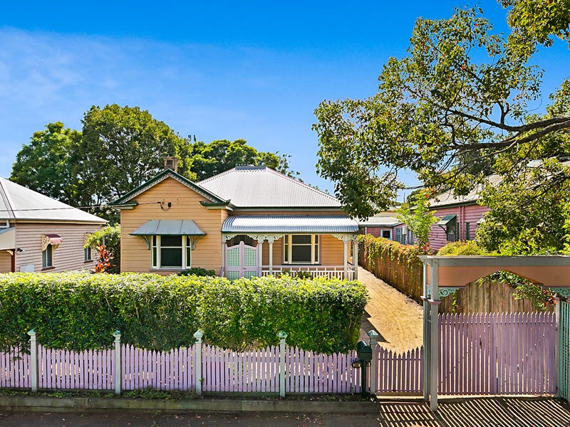 161 Bridge Street, North Toowoomba, Qld 4350