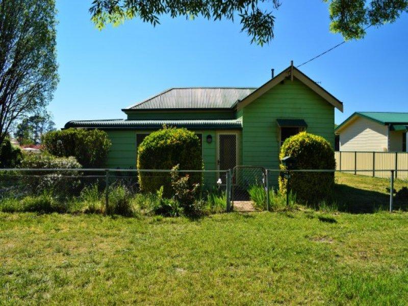 285 Falconer Street, Guyra, NSW 2365