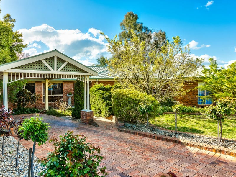 16 Mahogany Court, Thurgoona, NSW 2640