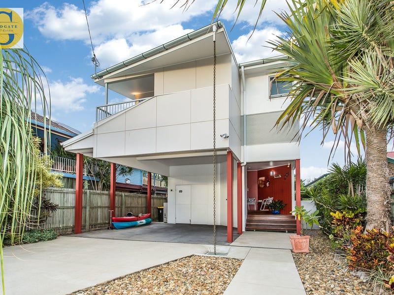 138 Palm Avenue, Shorncliffe, Qld 4017