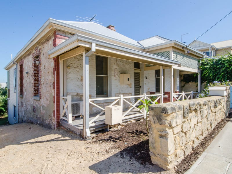 9 RULE STREET, North Fremantle, WA 6159