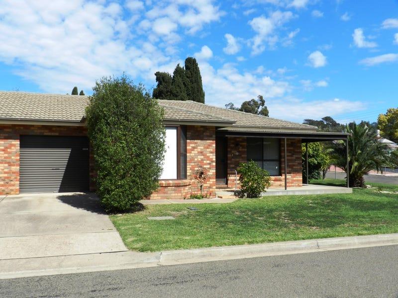 2/112 Meehan Street, Yass, NSW 2582