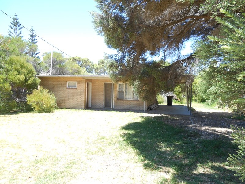 101 Gingin Road, Lancelin, WA 6044