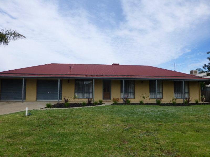 4 McLaren Drive, Moama, NSW 2731