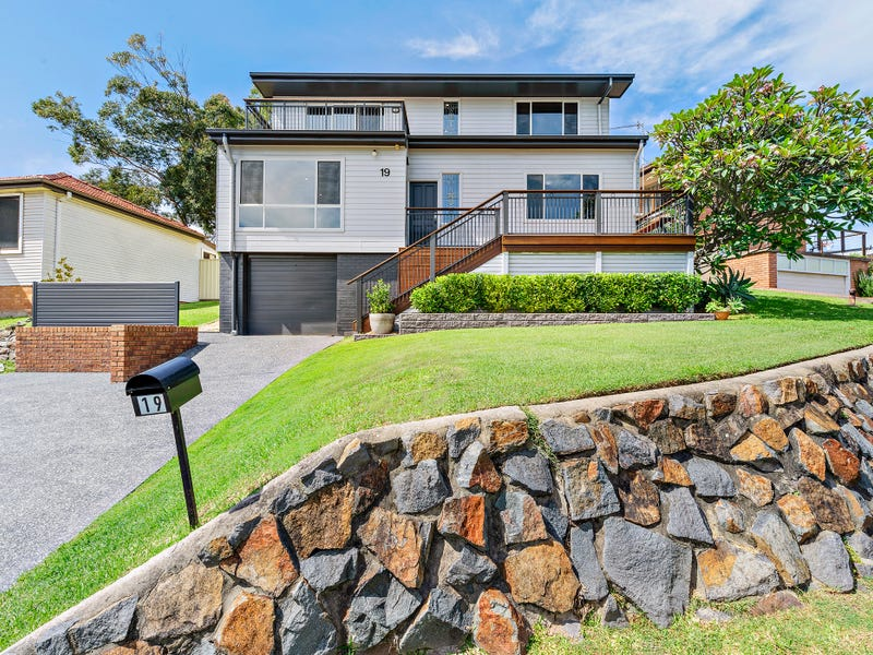 19 Yule Road, Merewether, NSW 2291