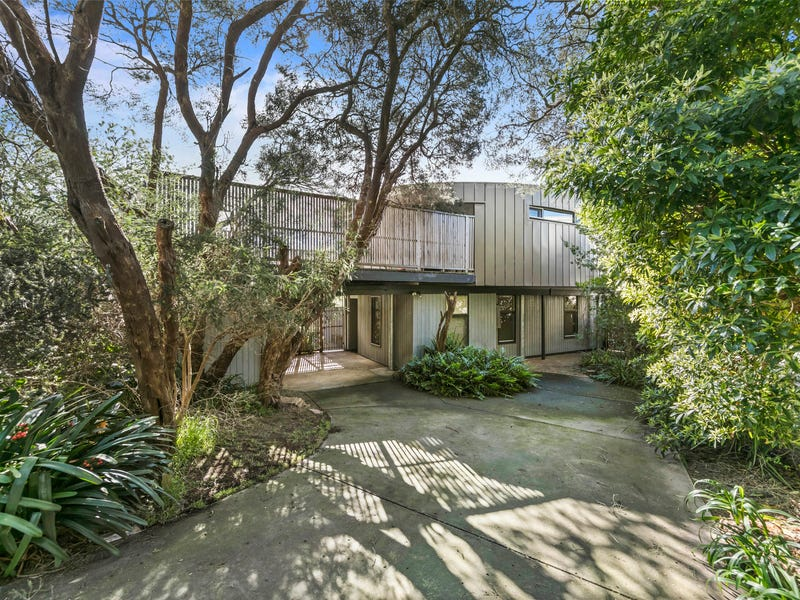 4 Petrel Avenue, Sorrento, Vic 3943