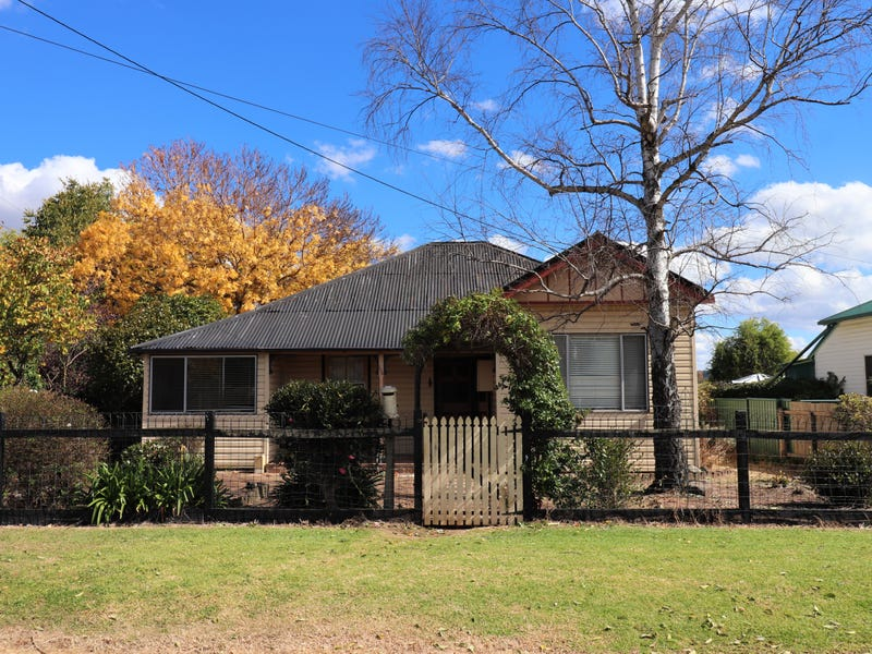 156 Macquarie Street, Glen Innes, NSW 2370