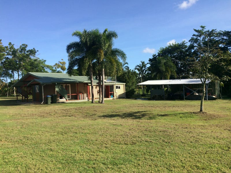 205 Etty Bay Road, Etty Bay, Qld 4858