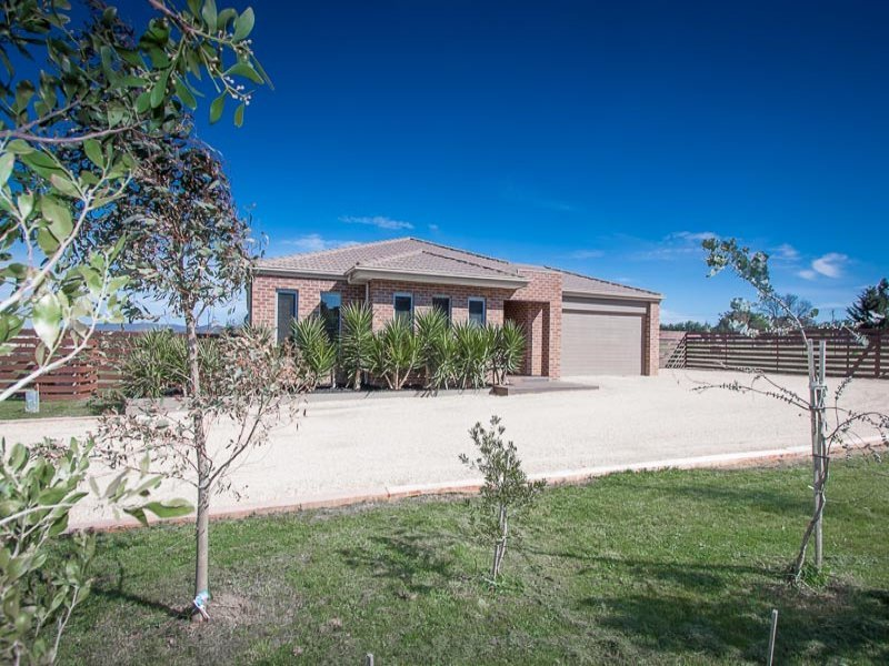 2043 Melbourne-Lancefield Road, Monegeetta, Vic 3433