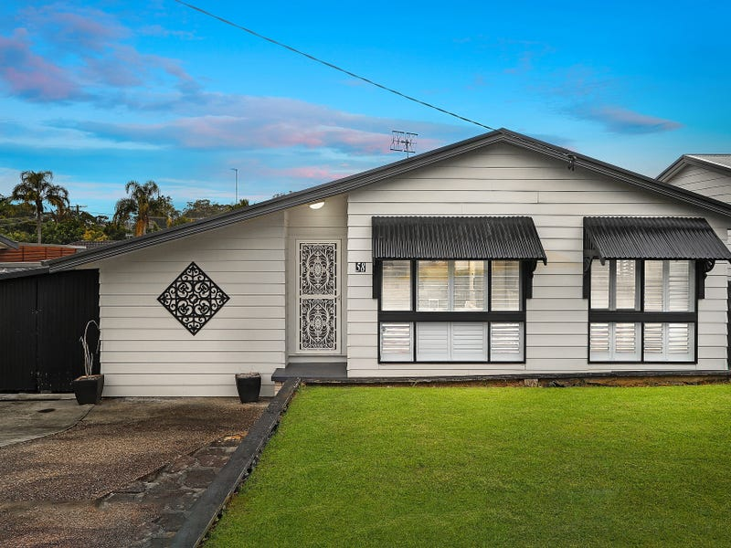 58 Albatross Road, Berkeley Vale, NSW 2261