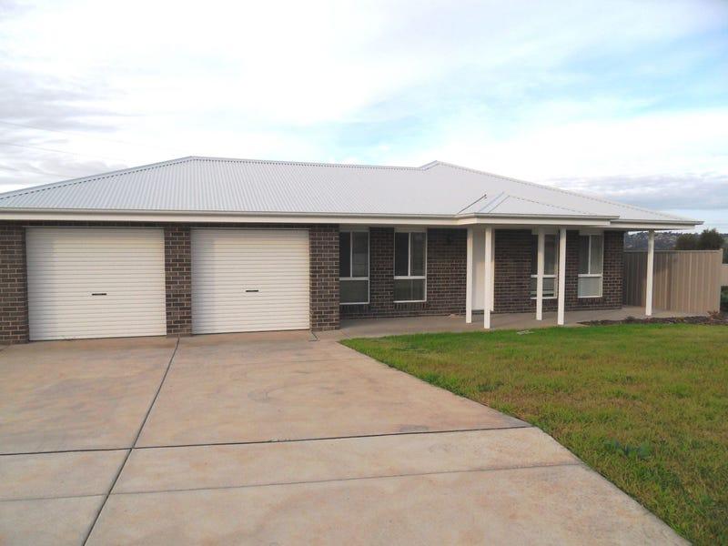 19 Willang Street, Glenfield Park, NSW 2650
