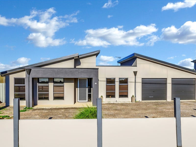 12 Ruskin Road, Thompson Beach, SA 5501