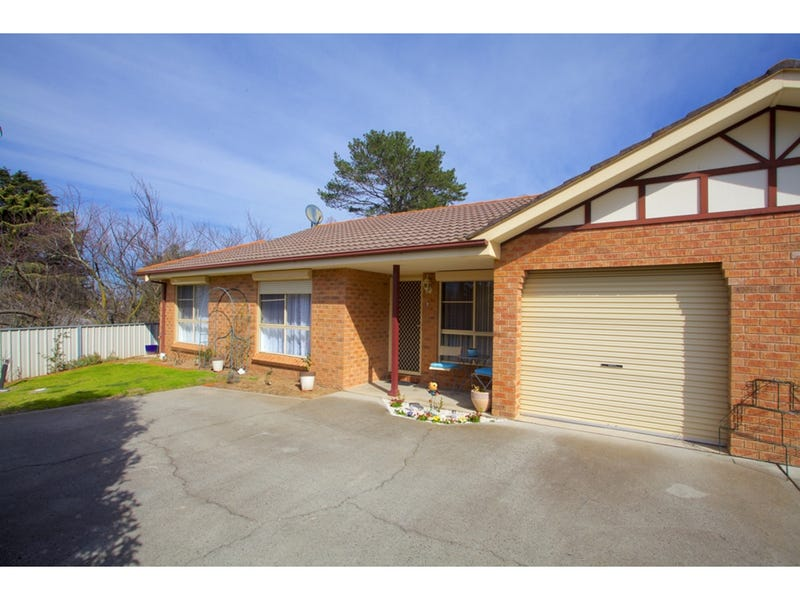 2/64 Bonnor Street, Kelso, NSW 2795