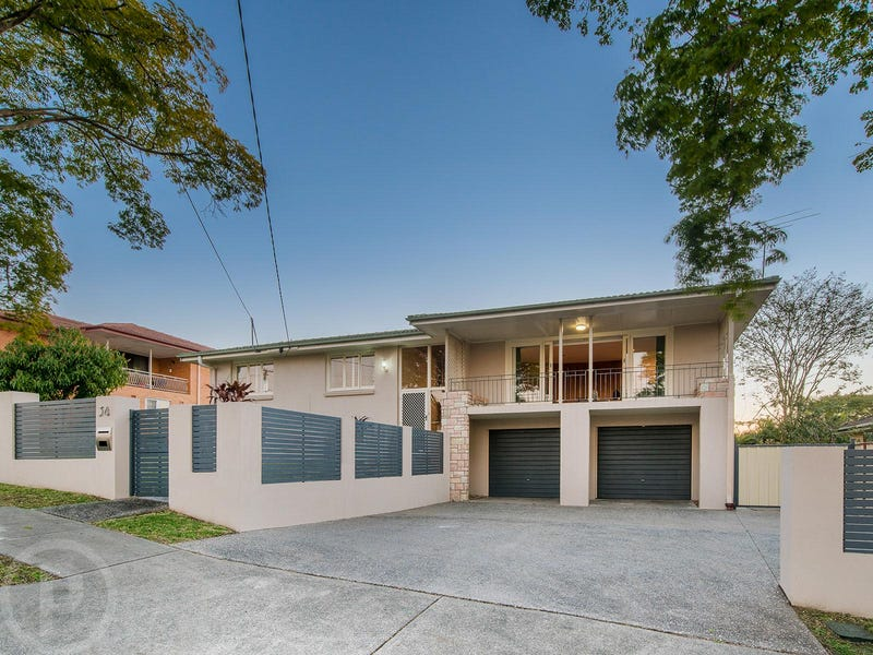 34 Cresthaven Drive, Mansfield, Qld 4122