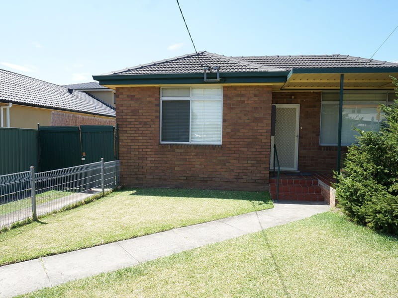 77 Belmore St, Fairfield East, NSW 2165