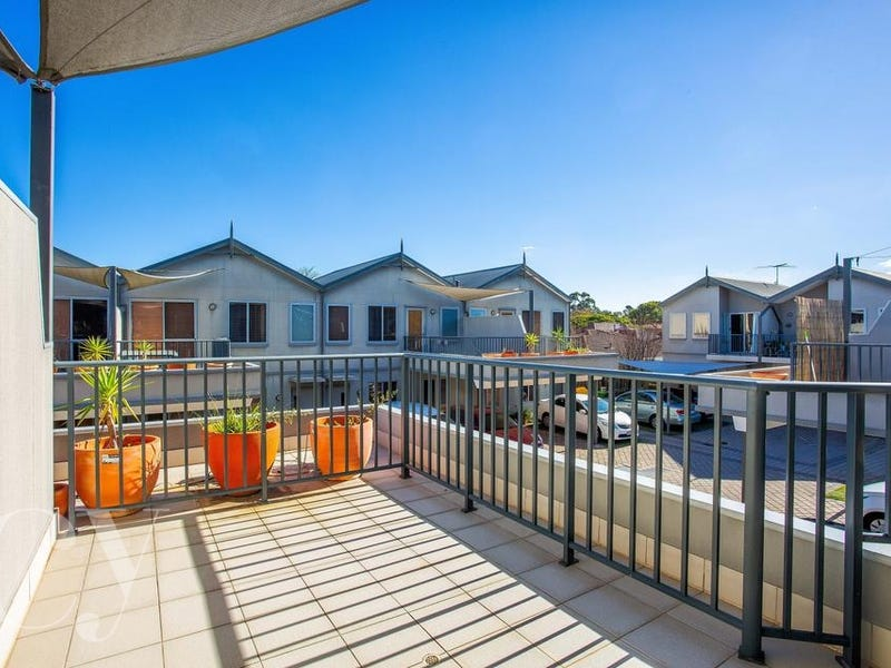 18/39 Simpson Street, Applecross, WA 6153