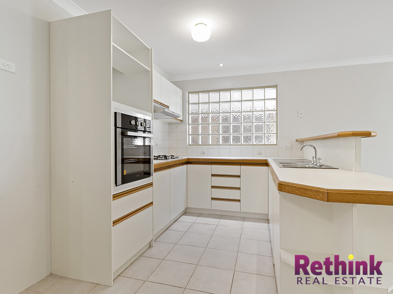 12/8 Heron Place, Maddington, WA 6109