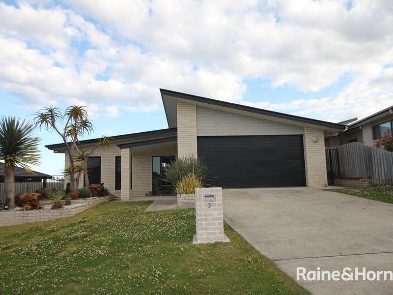 3 Woodfull Cres, Pottsville, NSW 2489