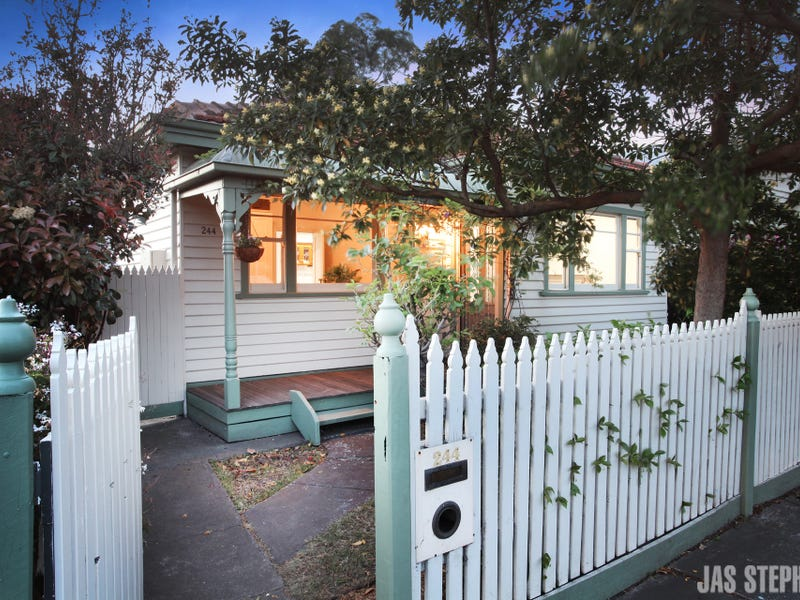 244 Williamstown Road, Yarraville