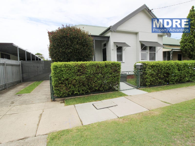 97 Silsoe Street, Mayfield, NSW 2304