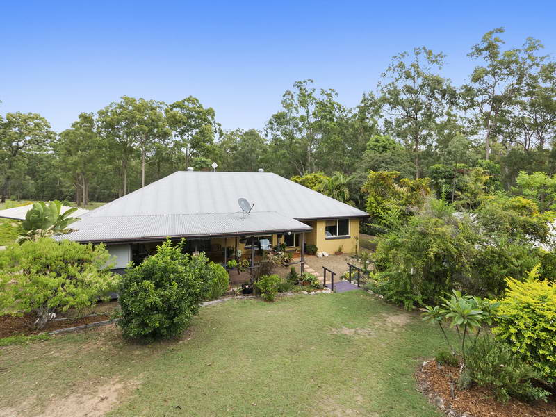 42 Buckingham Court, Mount Hallen, Qld 4312