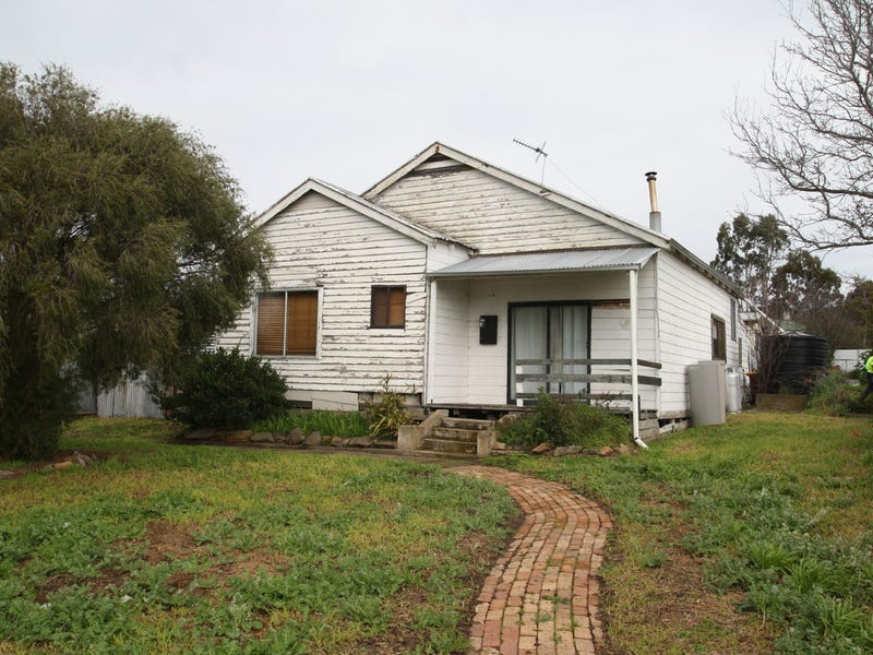 39 McKebery Street, Coleraine, Vic 3315