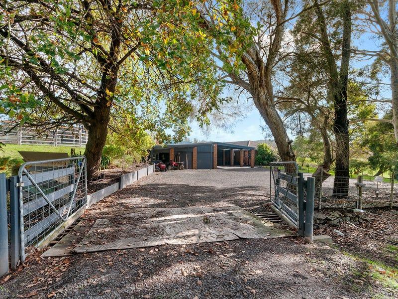 492 Merrimans Creek Road, Gormandale, Vic 3873
