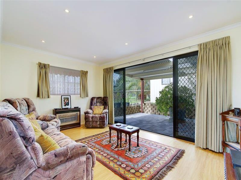 8 Placid Estates Road, Wellington East, SA 5259