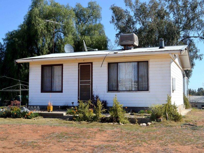 34-36 Mallara Street, Pooncarie, NSW 2648