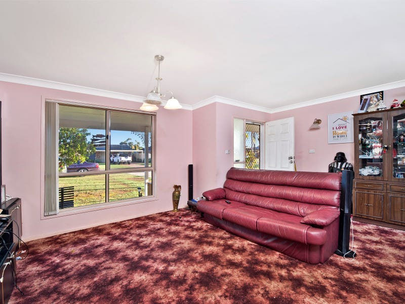 36 Grassmere Way, Port Macquarie, NSW 2444