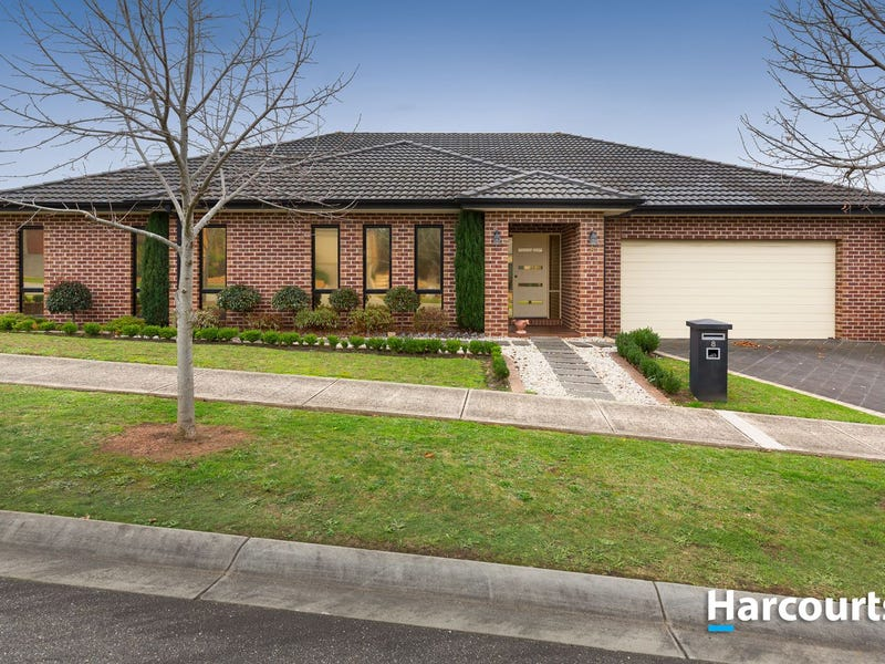 8 Lakewood Place, Berwick, Vic 3806