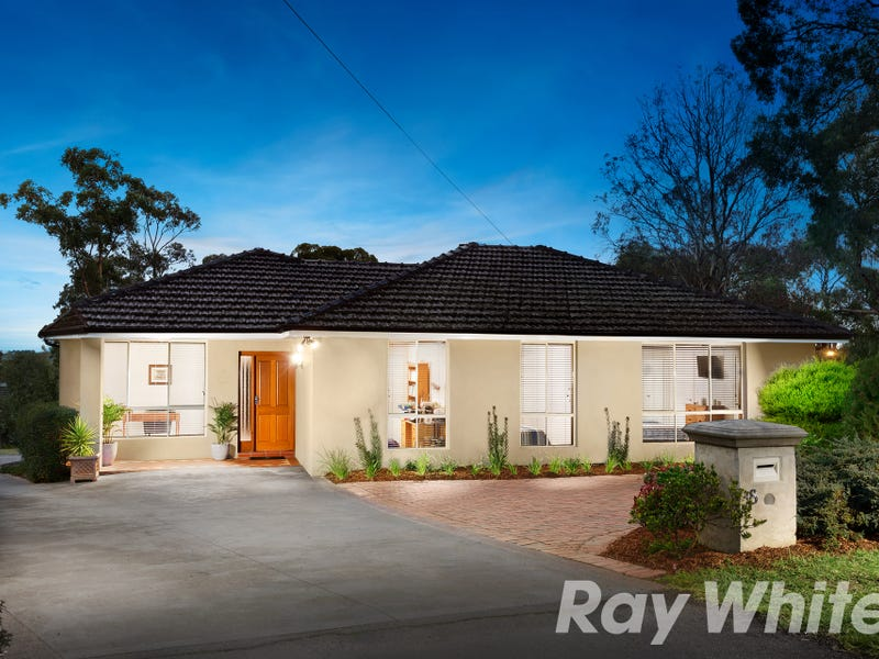 38 REICHELT AVENUE, Montmorency, Vic 3094