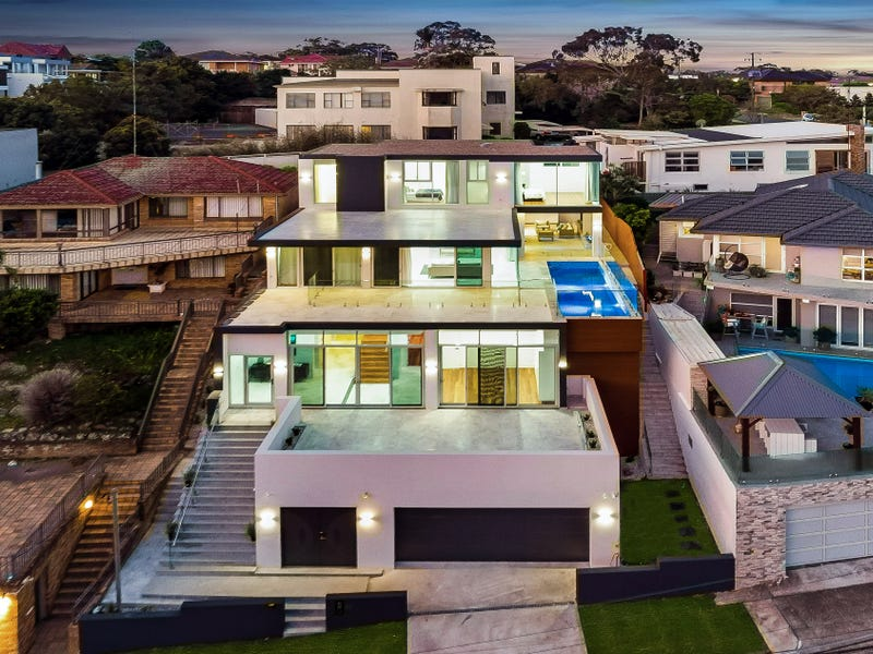 10 Marie Dodd Cres, Blakehurst, NSW 2221