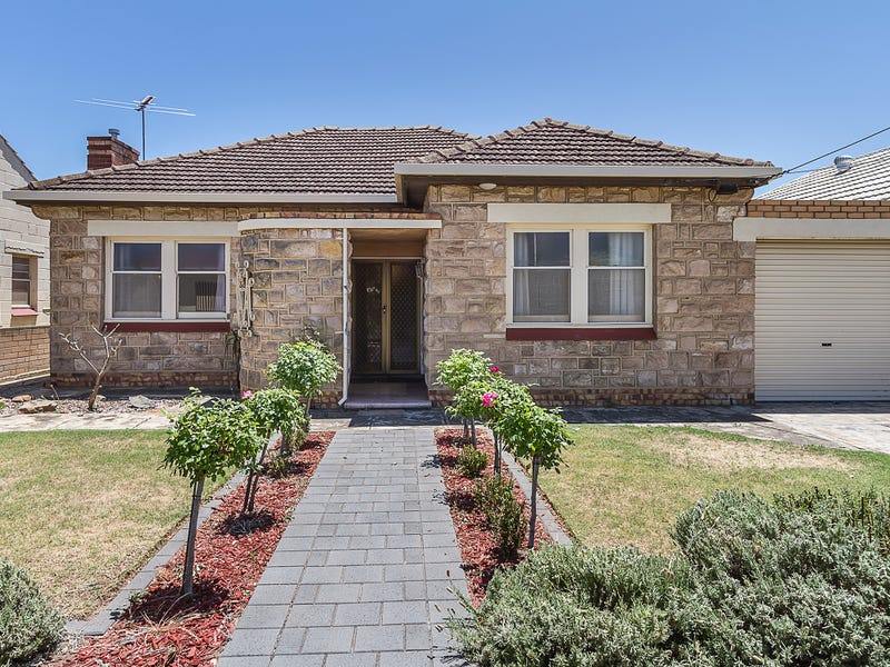 33 Balranald Avenue, Largs Bay, SA 5016
