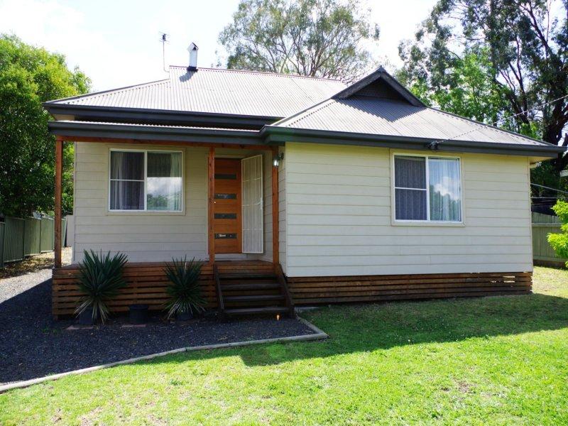 162 Hawker Street, Quirindi, NSW 2343