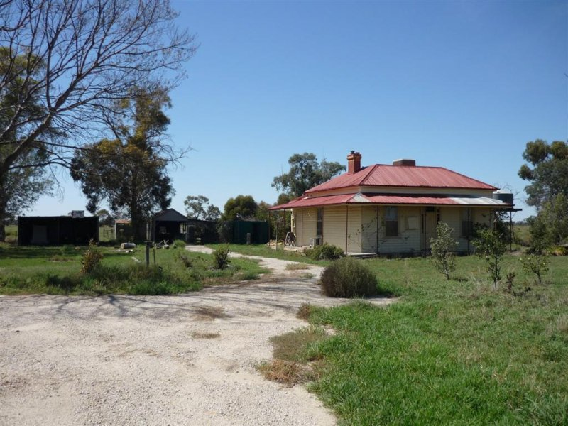 Moores Road, Kerang East, Vic 3579