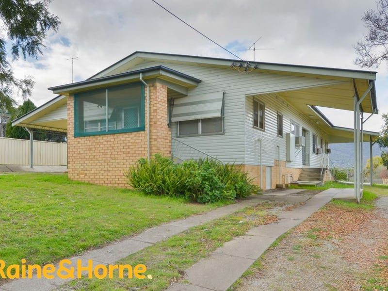 172 Denison Street, West Tamworth