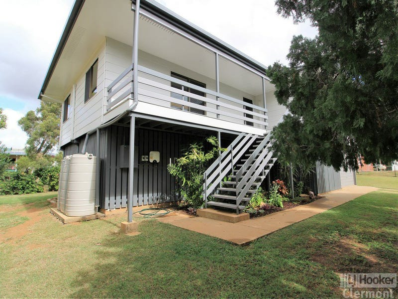 9 Lime Street, Clermont, Qld 4721