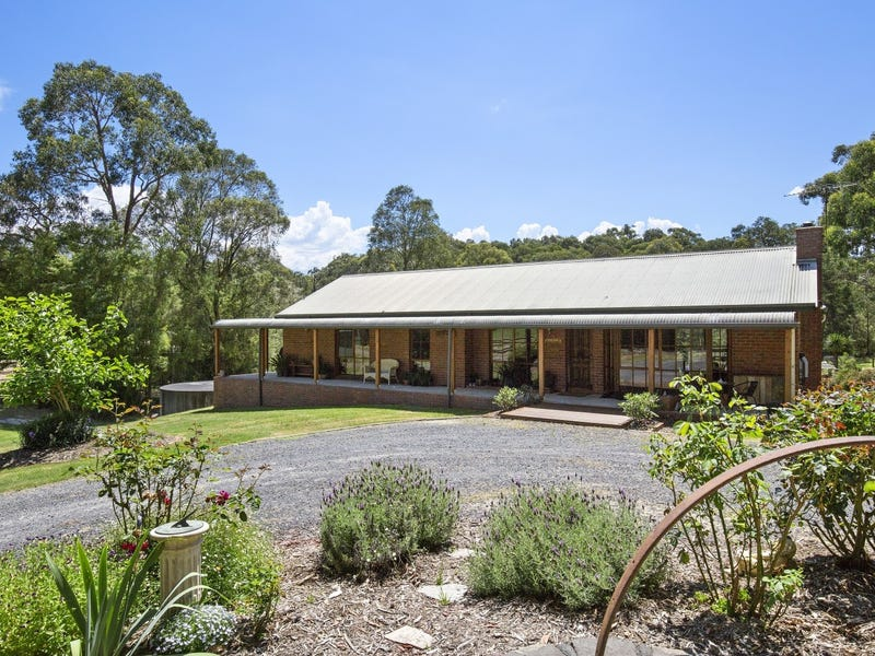 290 Milners Road, Launching Place, Vic 3139