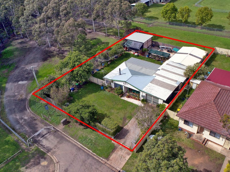 2  Boundary rd, Chester Hill, NSW 2162