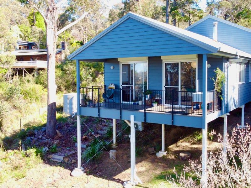 7 Yanko Avenue, Wentworth Falls, NSW 2782