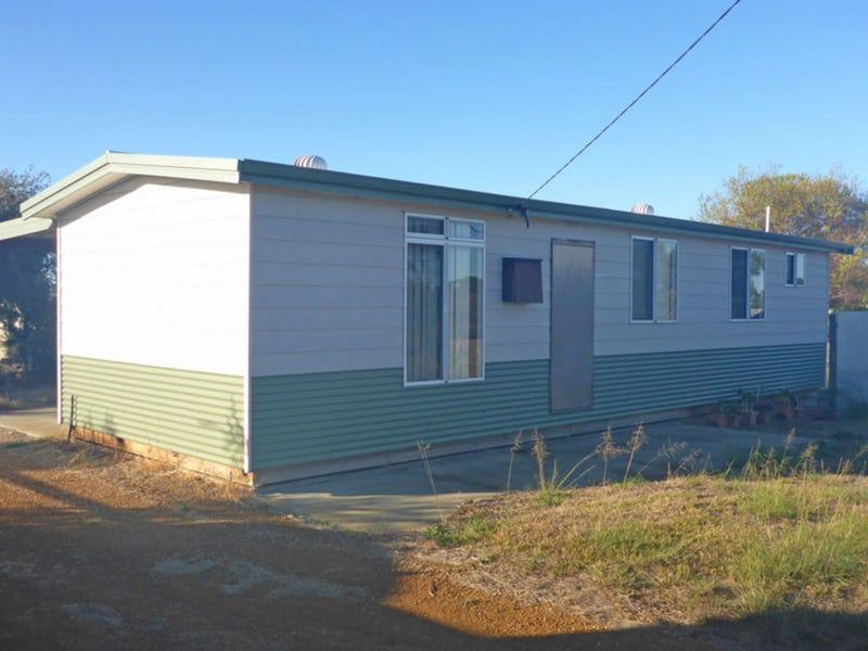 68 Sutcliffe Street, Condingup, WA 6450