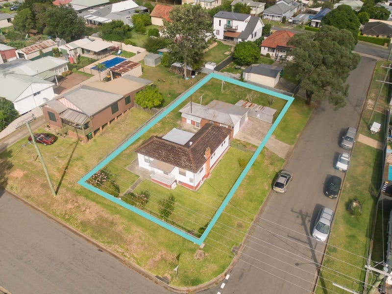 17 Sixth Street, Cardiff South, NSW 2285