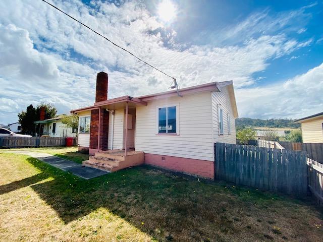 5 Sturt Crescent, Mayfield, Tas 7248